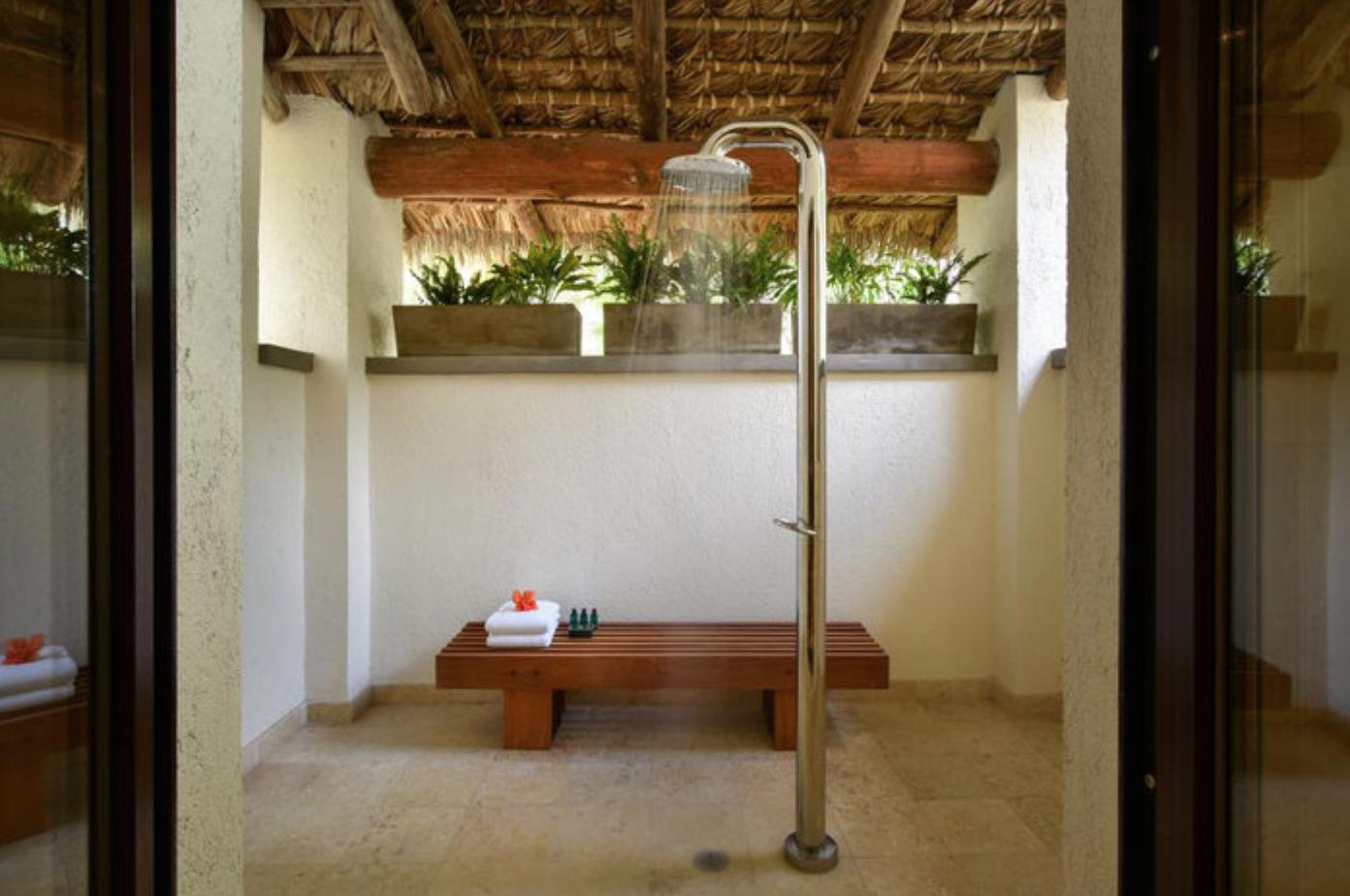 nevis shower.png