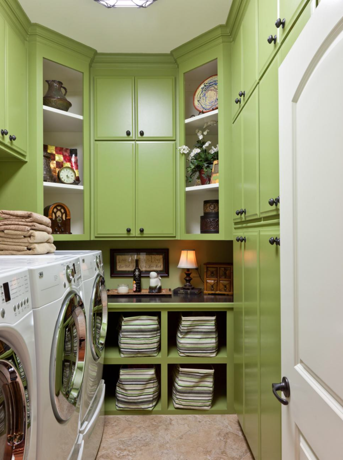 laundry room pantry.png
