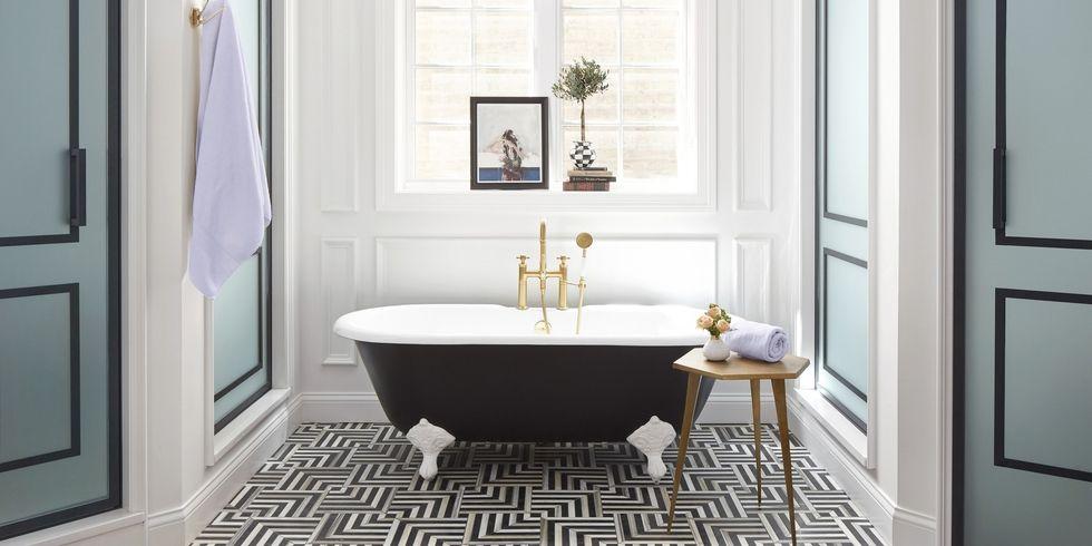 suzann-kletzien-bathroom-full-index-0218-1515435395.jpg
