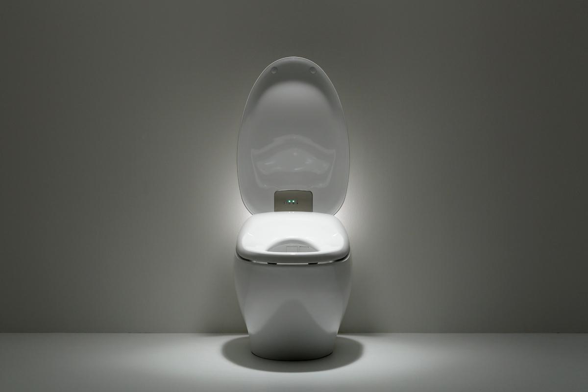 Neorest_NX1_Toilet_13.jpg