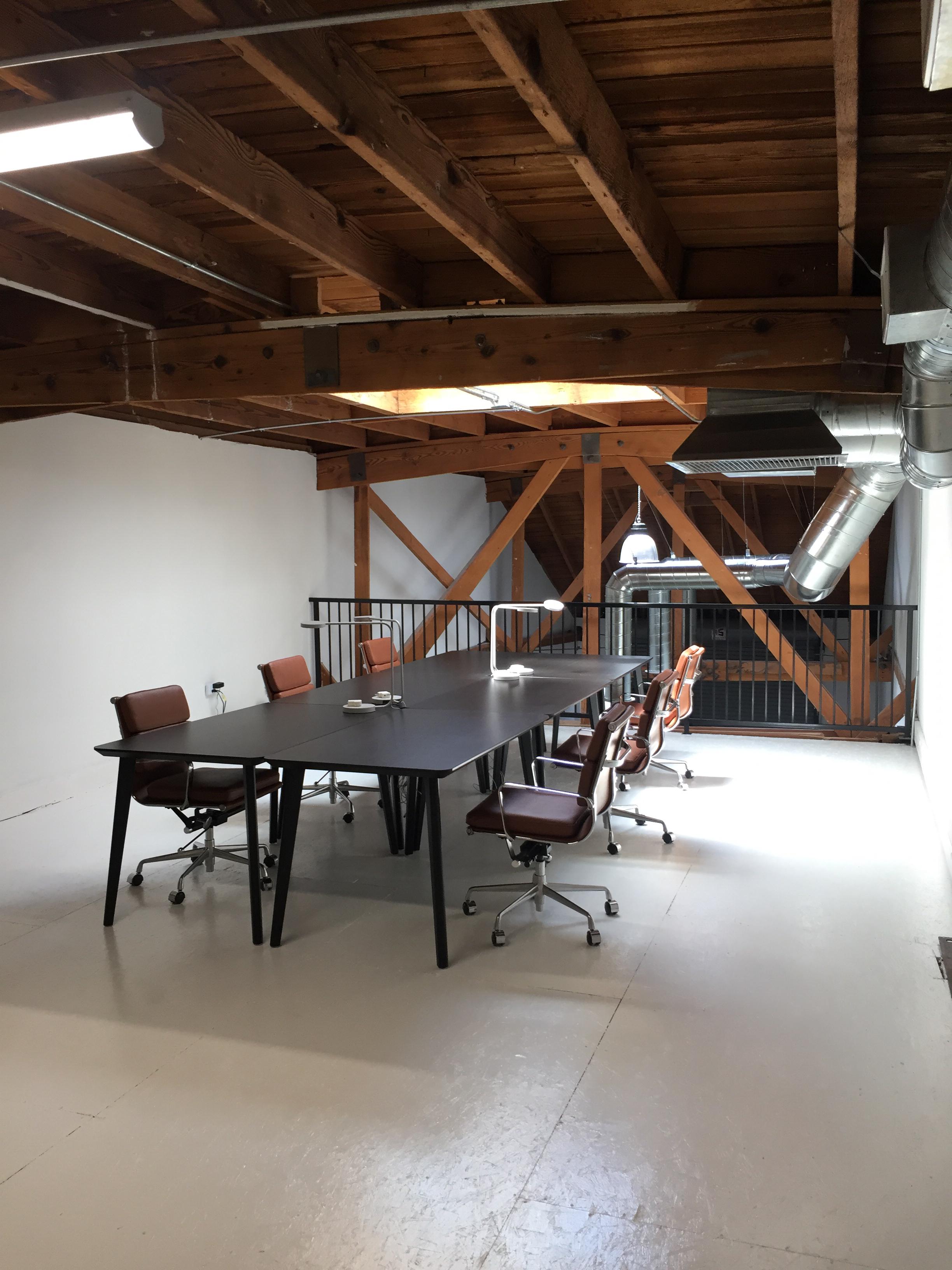 West Adams studio for rent 1.jpg