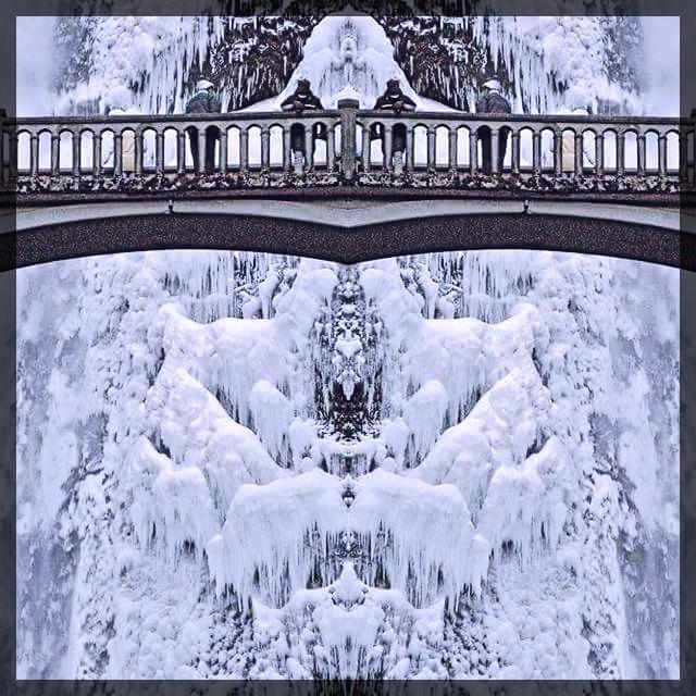 Multnomah Falls 2.0 fotor.jpg this one.jpg
