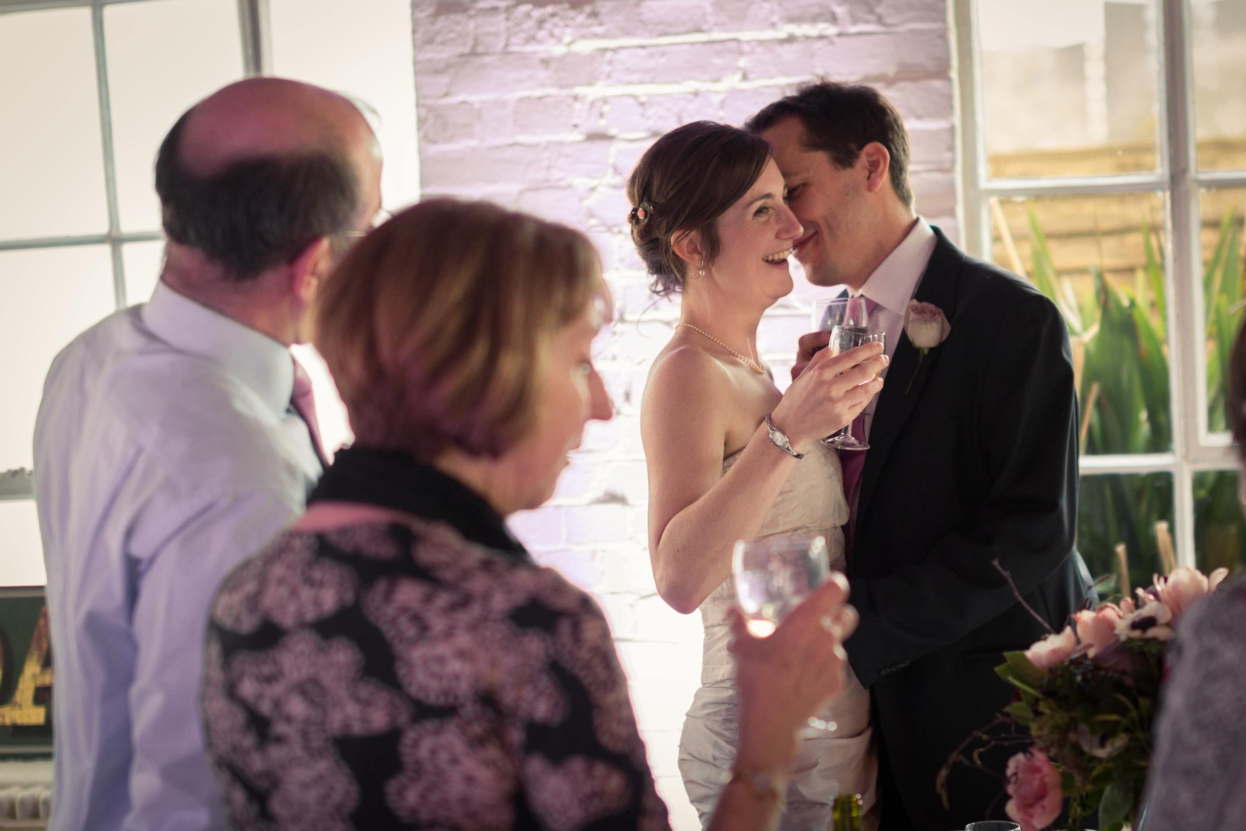 Friendly Place Wedding Photography - Lara & Eric