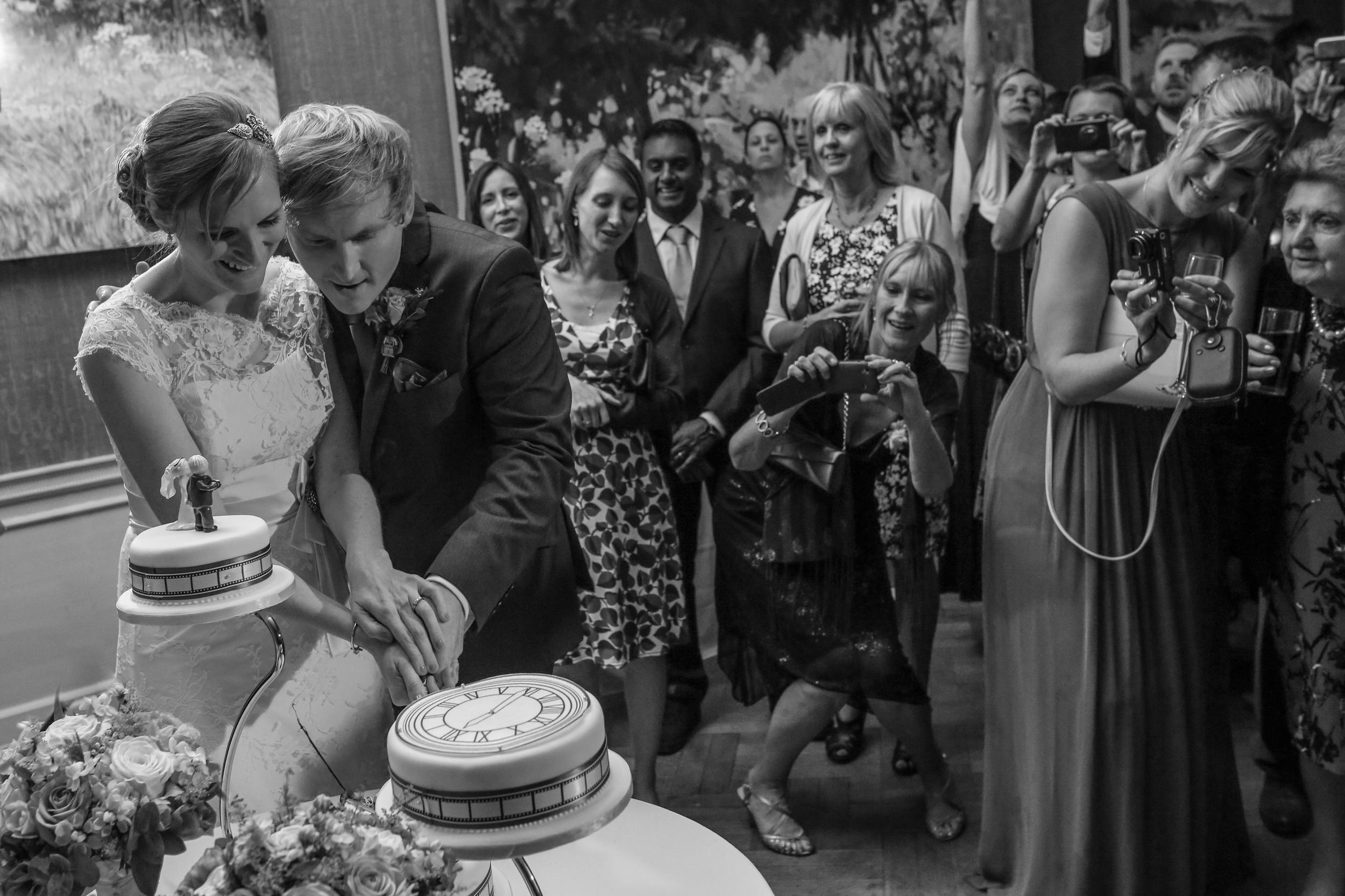 Hampshire Wedding Photography - Louise & Neil