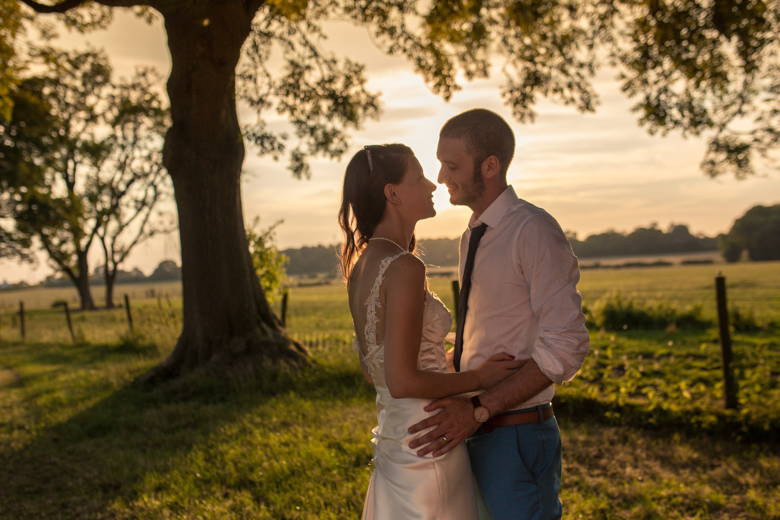 Berkshire Wedding Photography - Sarah & Brad