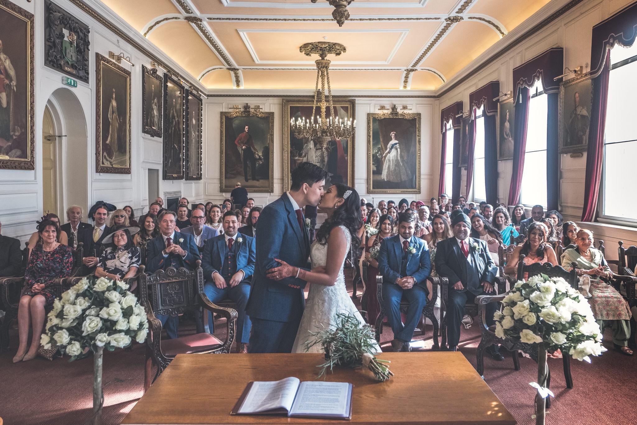 Windsor Guildhall Wedding Photography - Suki and Ricky