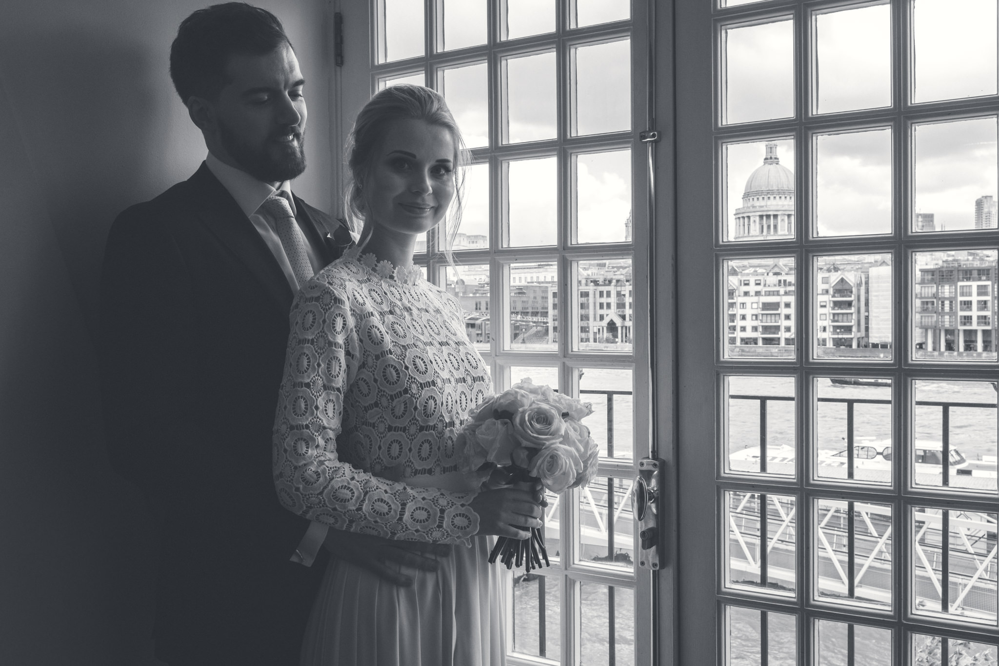 London Wedding Photographer - The Swan at Shakespeare's Globe