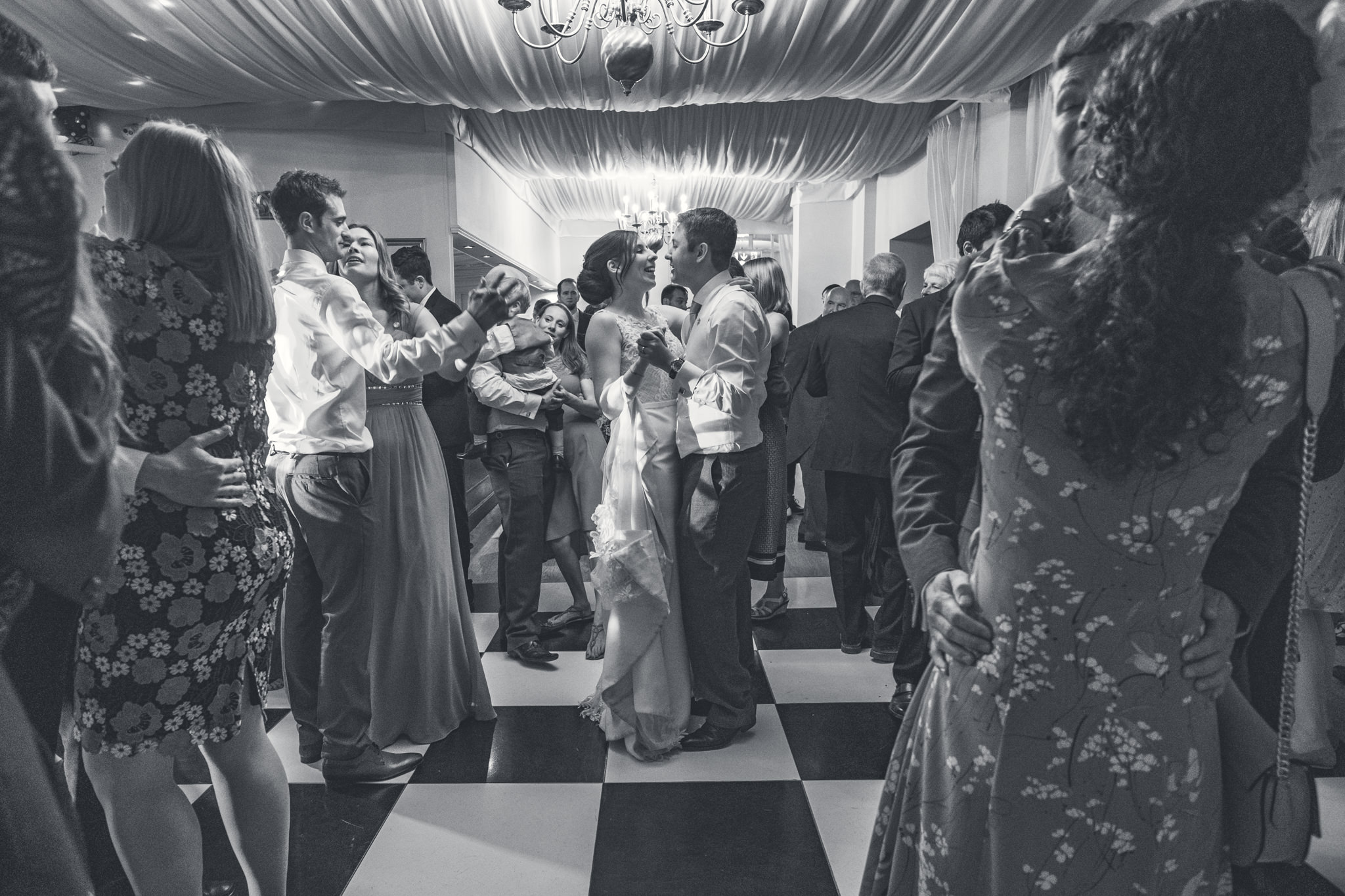 Warwick House Wedding Photographer - D+M