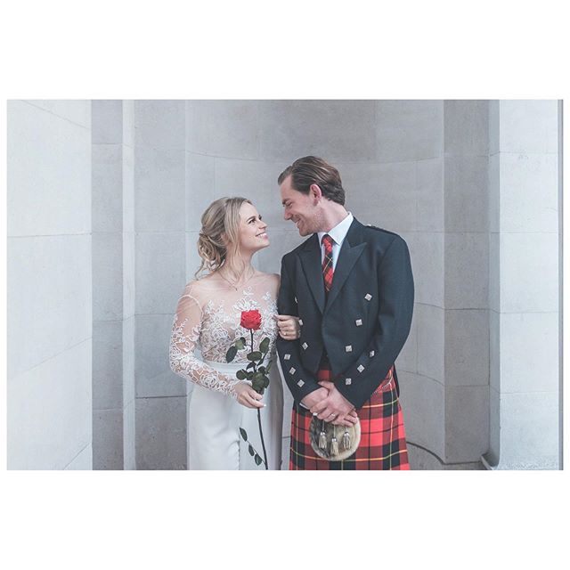 S+J tied the knot at The Old Marylebone Town Hall this week. We love the single red rose and tartan in this shot ❤️ @adaytorememberdotlondon