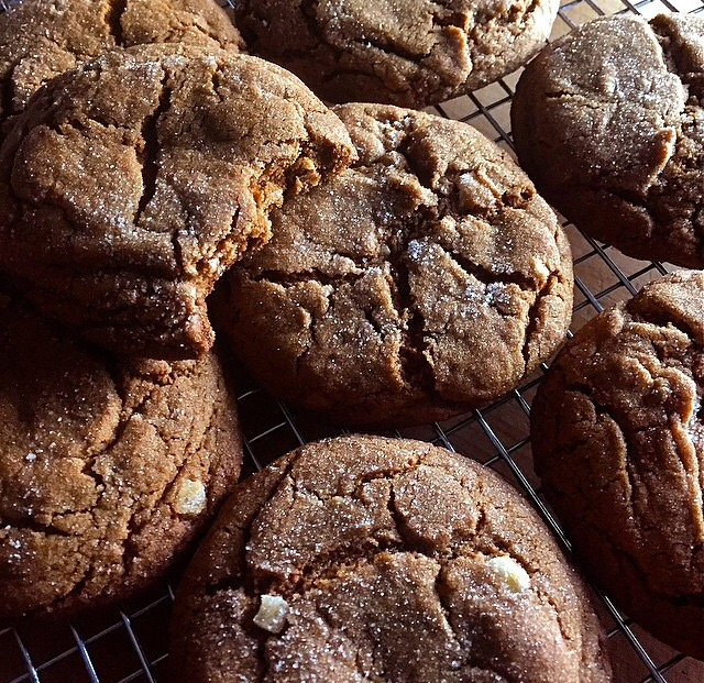 PERFECT CHEWY GINGERBREAD COOKIES