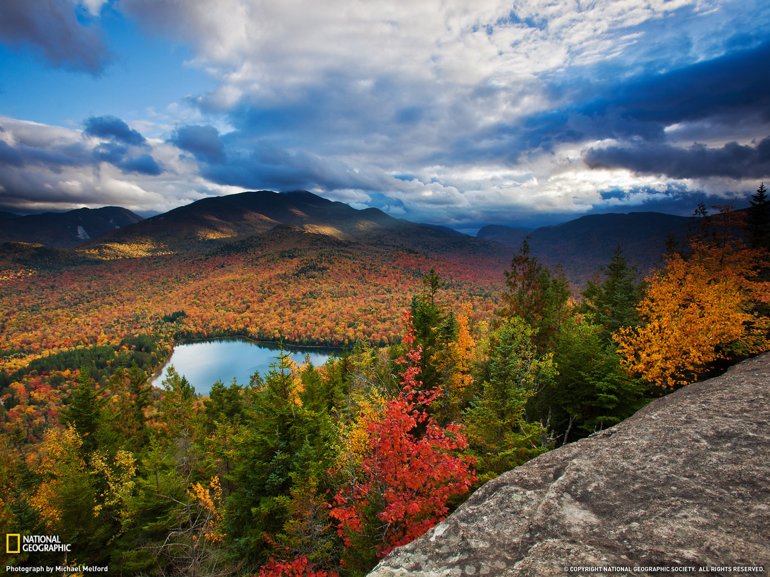 EXPERIENCE AUTUMN LIKE YOU NEVER HAVE BEFORE IN THE ADIRONDACKS