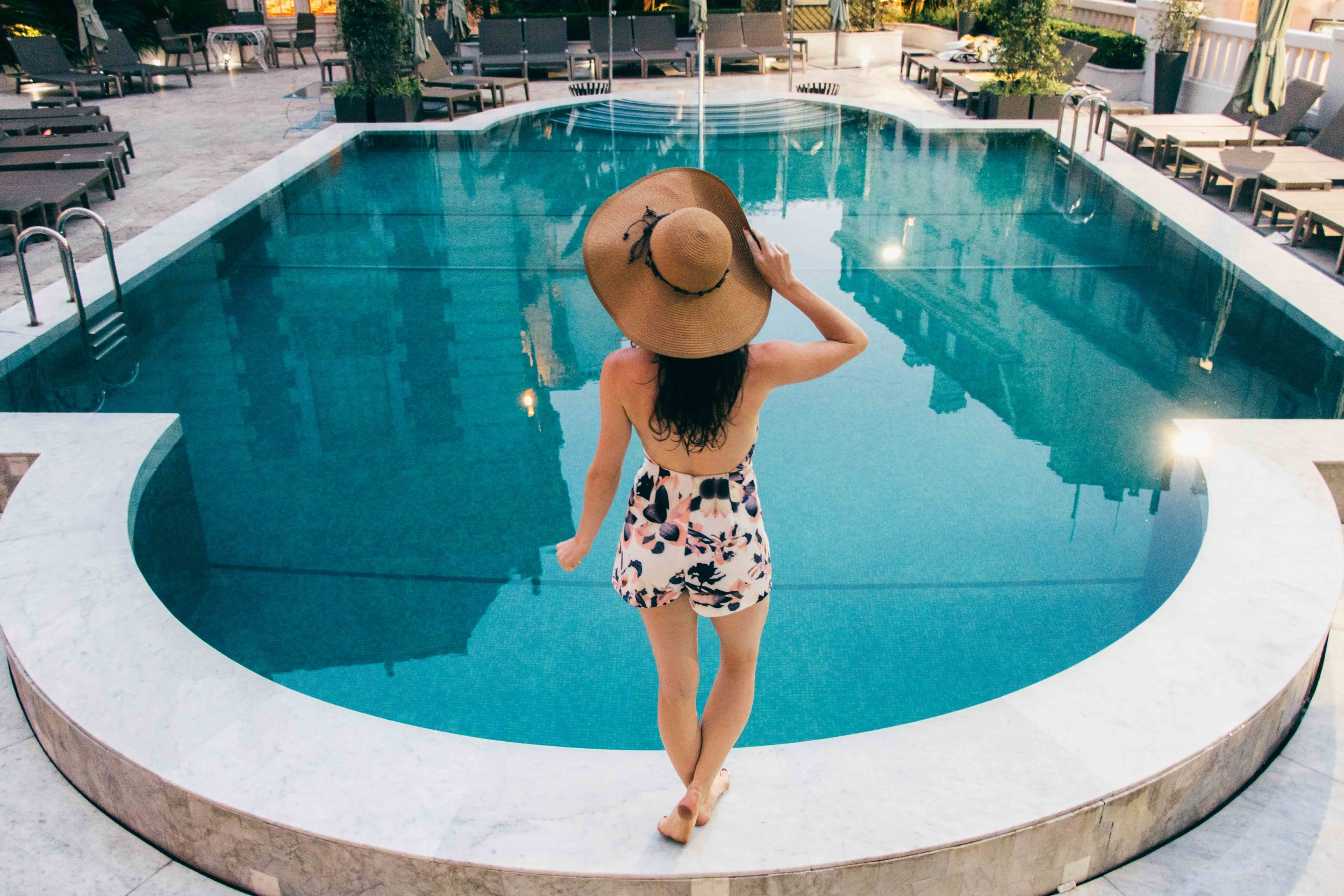 VISITING BUENOS AIRES? STOP BY THIS SECRET GARDEN POOL & FEAST