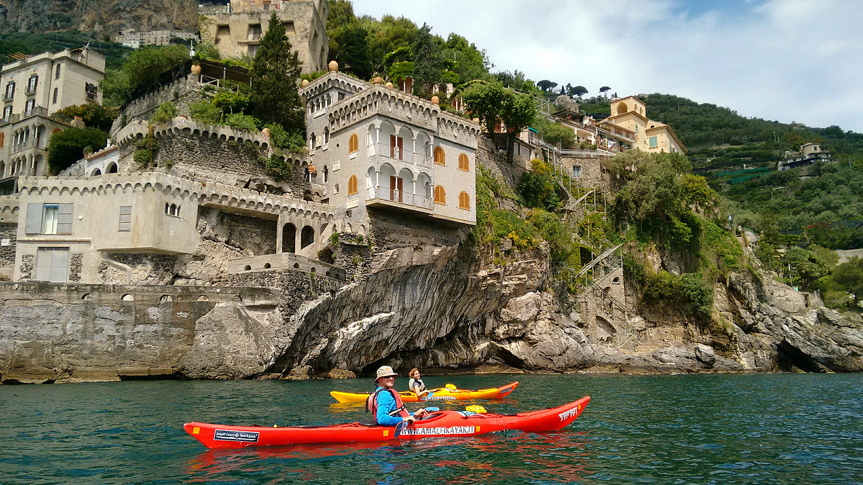EXPLORE CAVES ON THIS KAYAK TOUR   Amalfi Coast, Italy