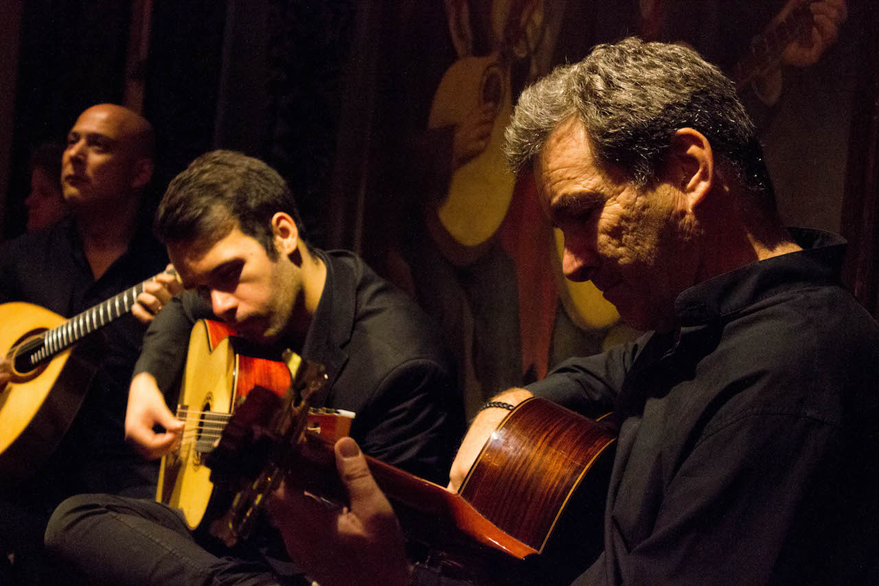 The elegantly melancholic music is performed by a singer, a Spanish guitar, and the 12-stringed Portuguese guitar.