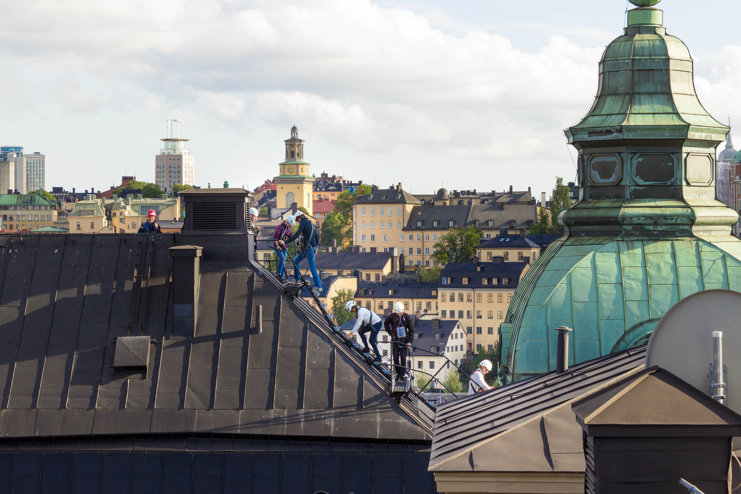 Touring Stockholm by rooftop