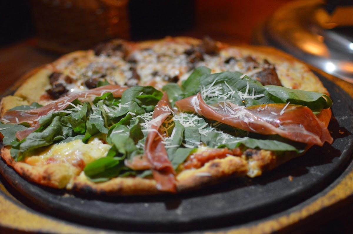 Artesano Pizza Bar - Florianopolis, Brazil