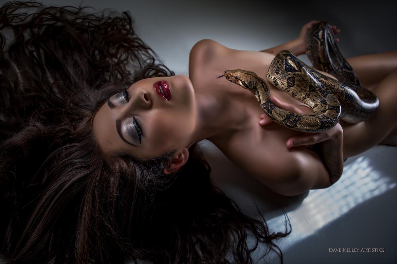 Ariana1117snake - IMGL0751-Edit-Edit.jpg