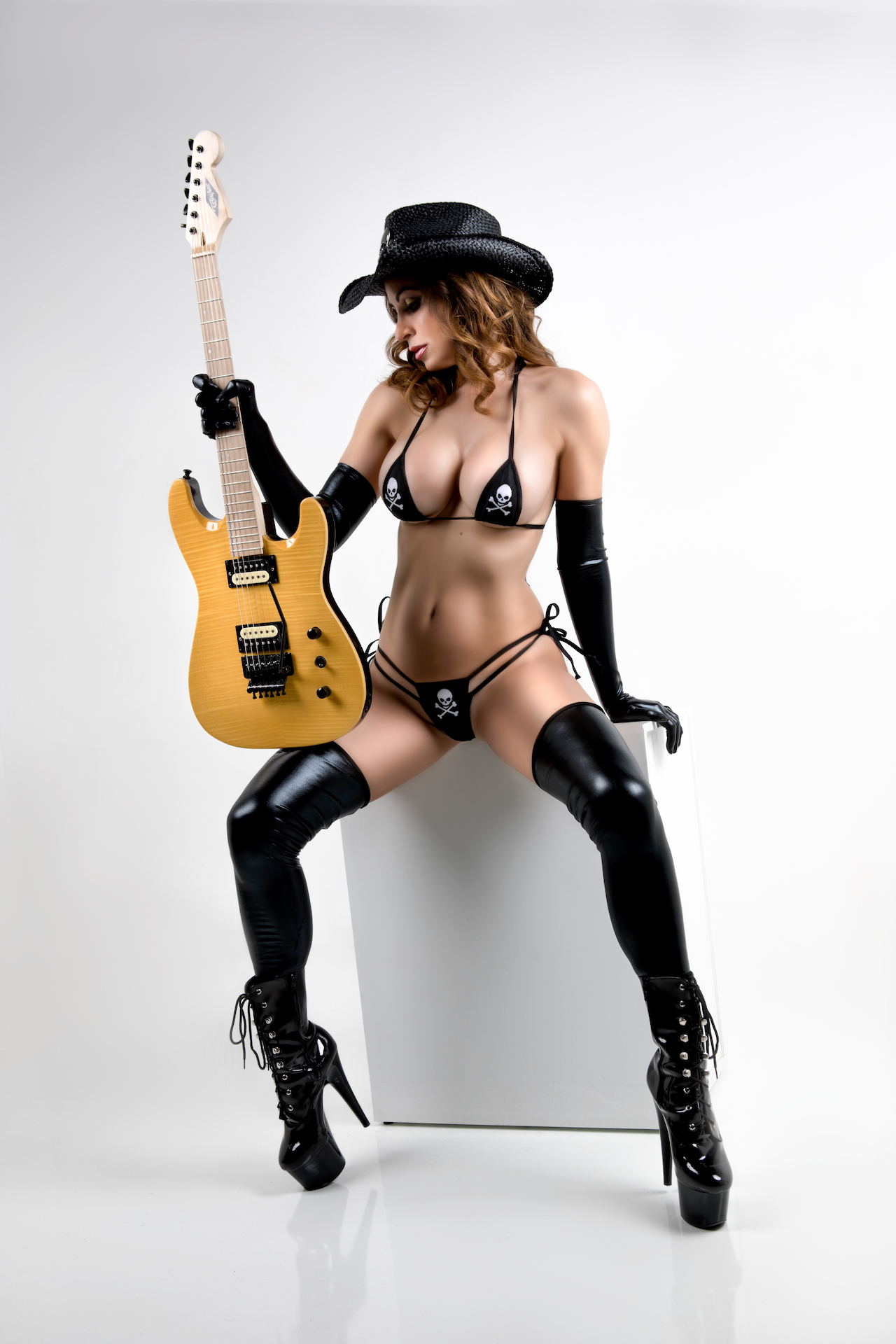 Guitar0917Erin-Sarah - IMGL3172-Edit.jpg