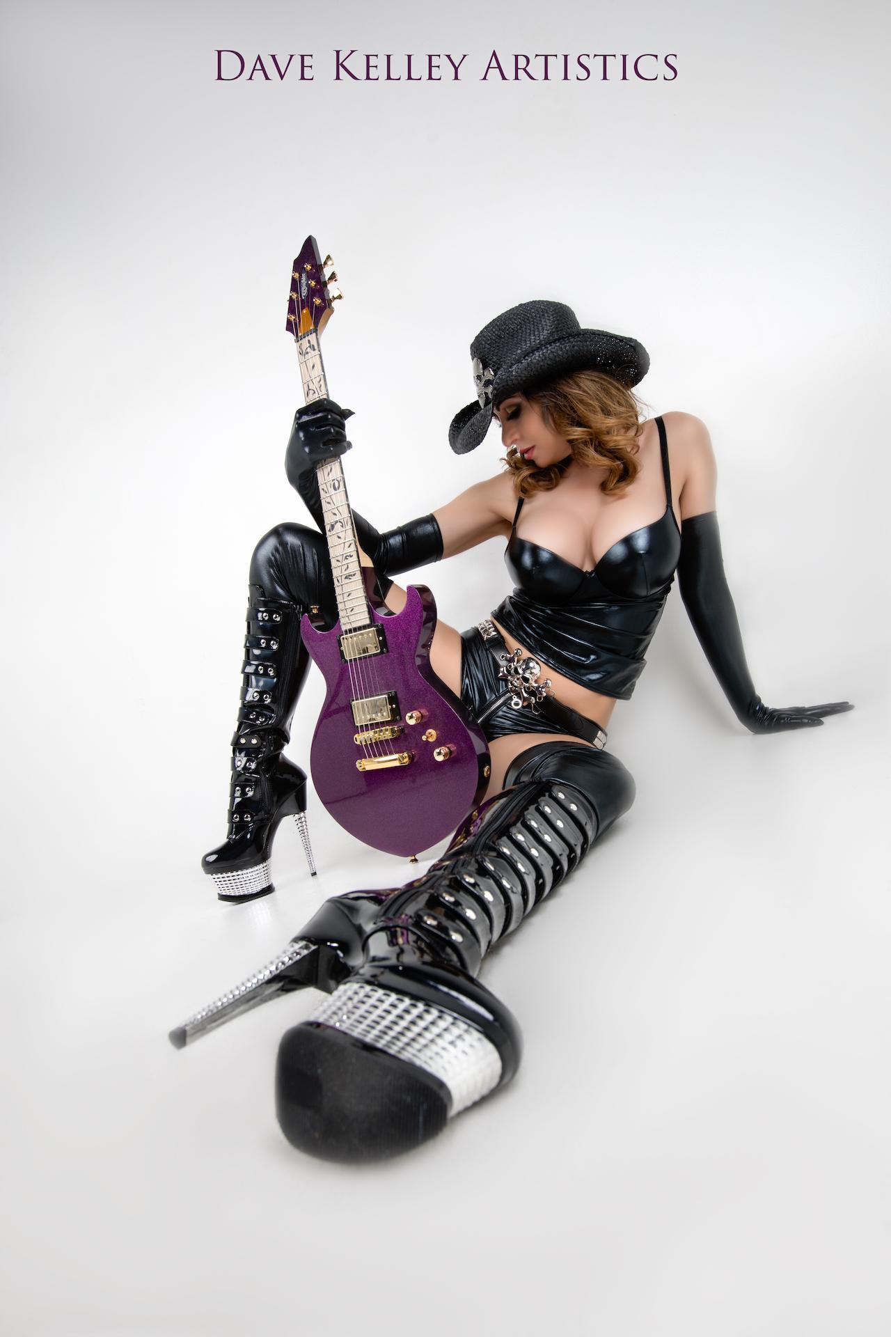 Guitar0917Erin-Sarah - IMGL3487-Edit.jpg