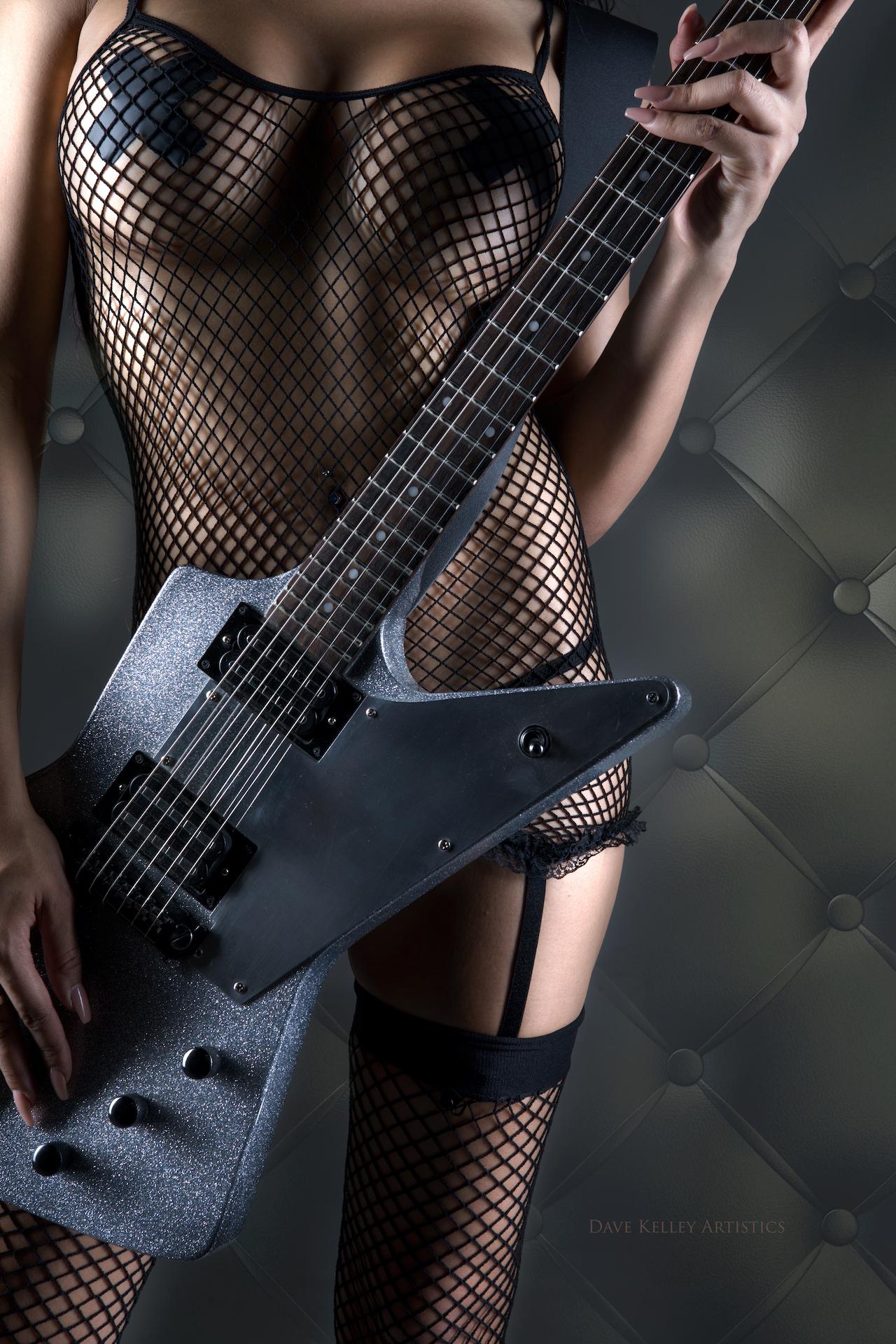 Guitar0117templar-cassandraH - IMGL4342-Edit.jpg