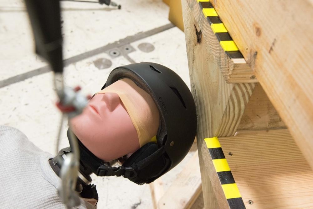20161005_Helmet Test_002-8.jpg