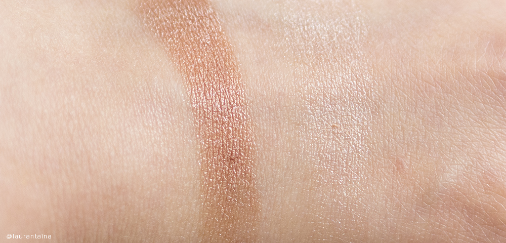 THREE Shimmering Glow Duo 01 swatch