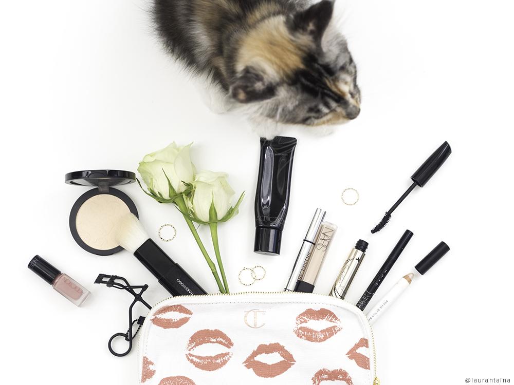 june-makeupbag1.jpg
