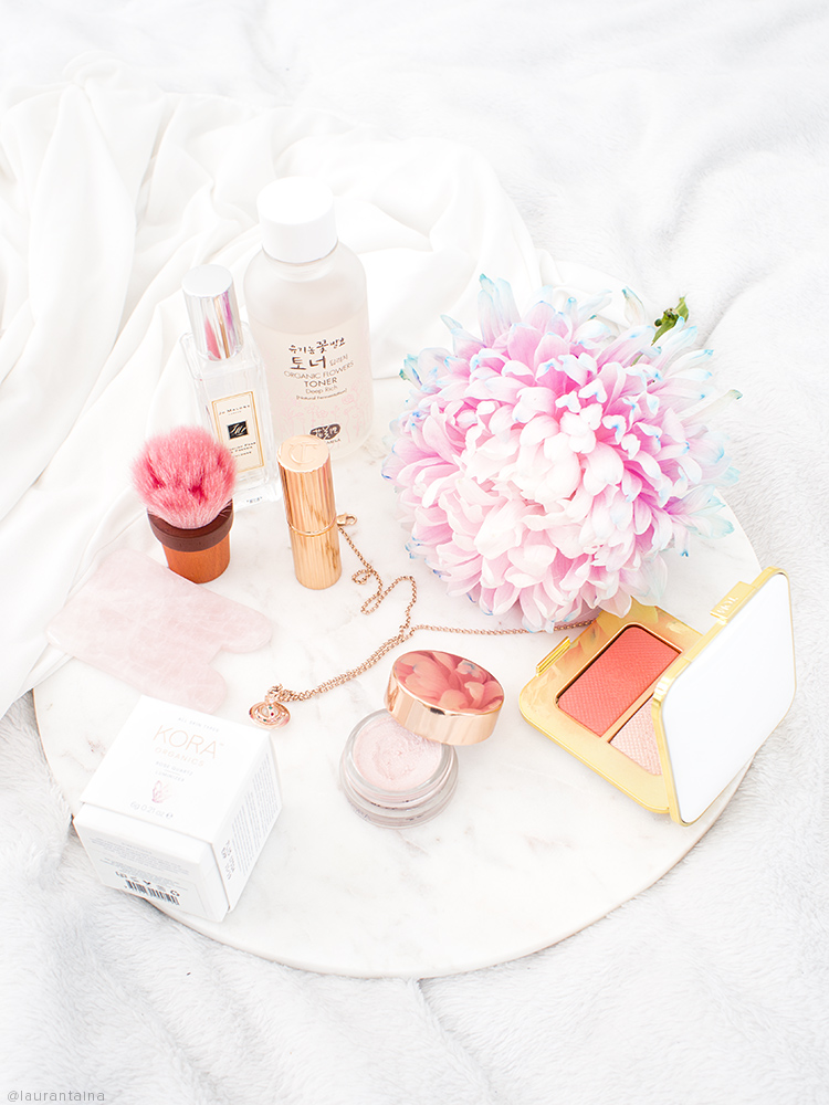 Kora Organics Rose Quartz Luminizer Review | Laura Loukola Beauty Blog