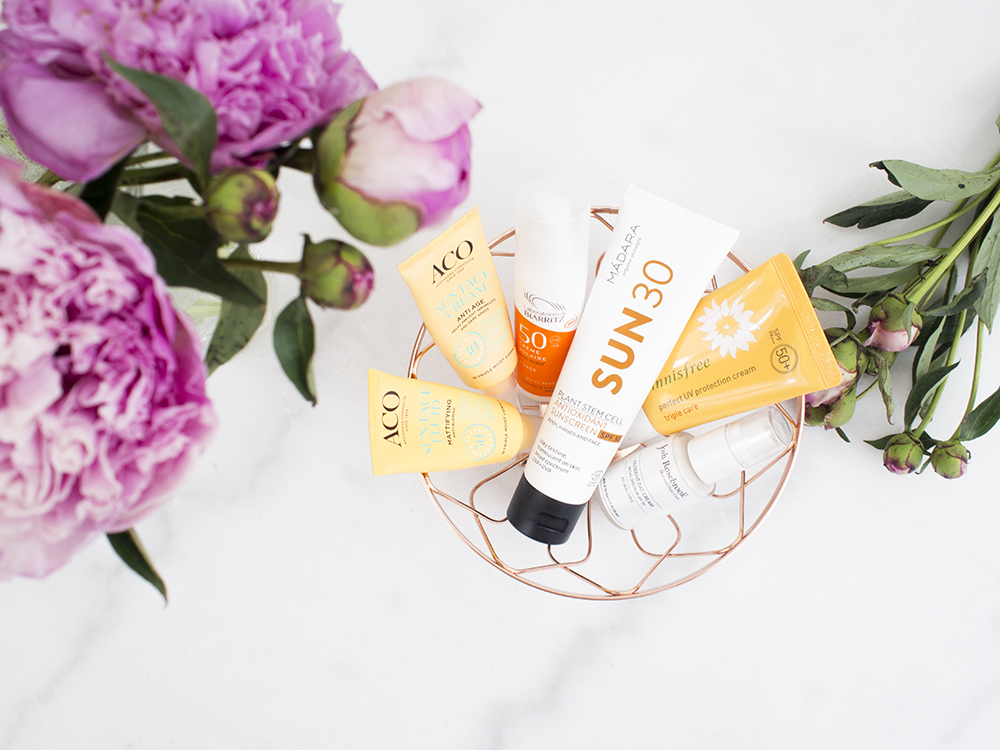 Best Sunscreens of 2018 | flatlay | Laura Loukola