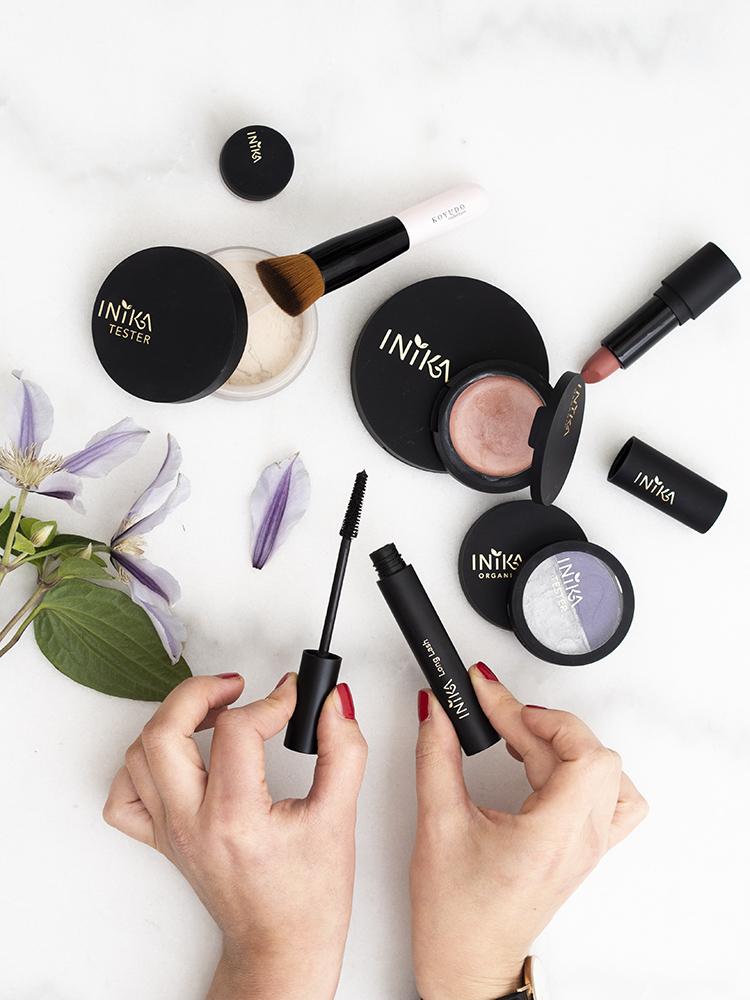 Inika Organic Long Lash Mascara | Laura Loukola Beauty Blog