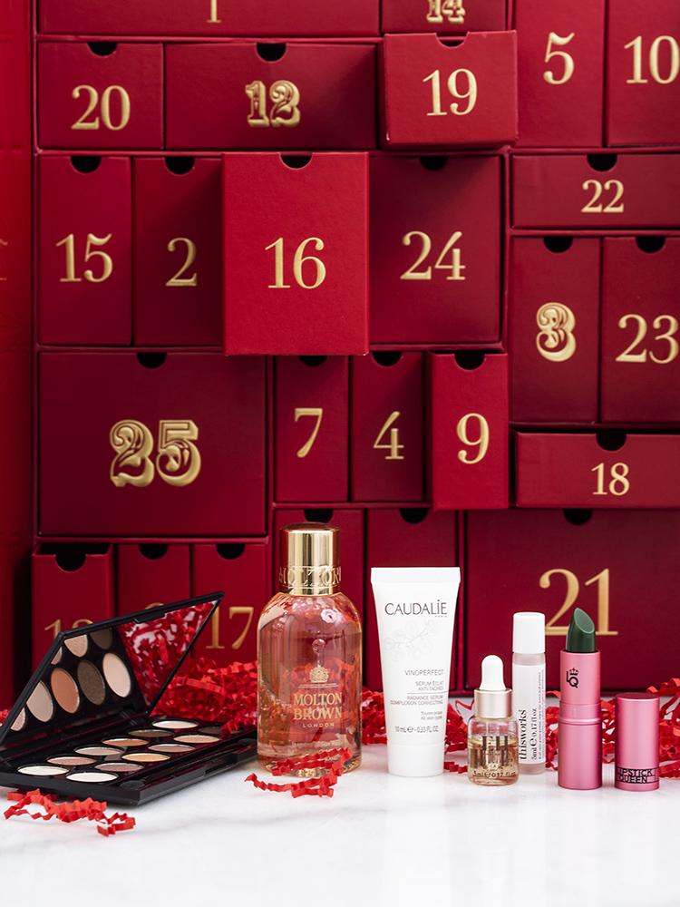Look Fantastic Advent Calendar 2018 Review | Laura Loukola Beauty Blog