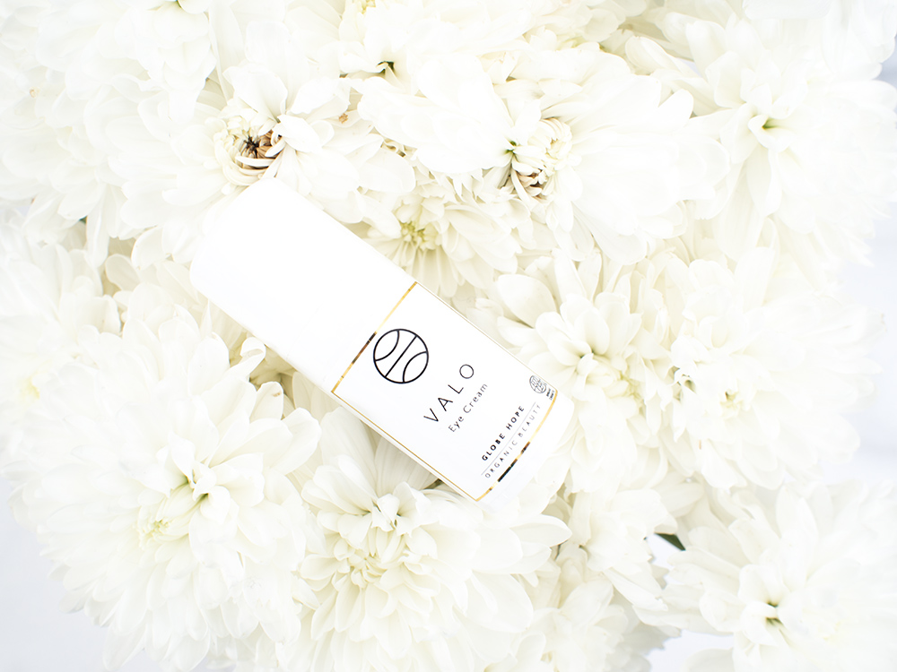 Globe Hope Cosmetics Valo Eye Cream Review | Laura Loukola Beauty Blog