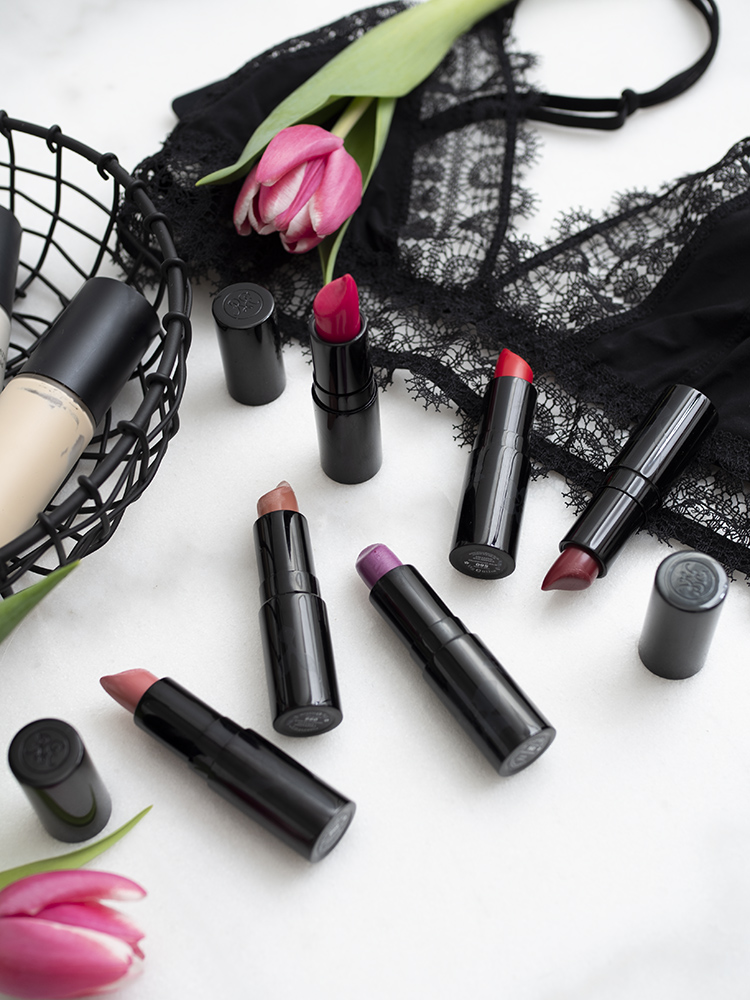 Rouge Bunny Rouge ENCHANTING BLOOMS Tinted Luxe Balms | Laura Loukola Beauty Blog