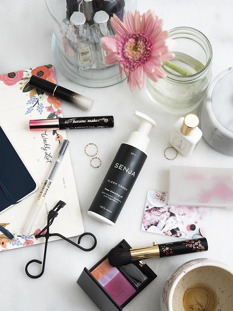 Senja Cosmetics Sleek Cheek Cleansing Oil Review   Laura Loukola Beauty Blog