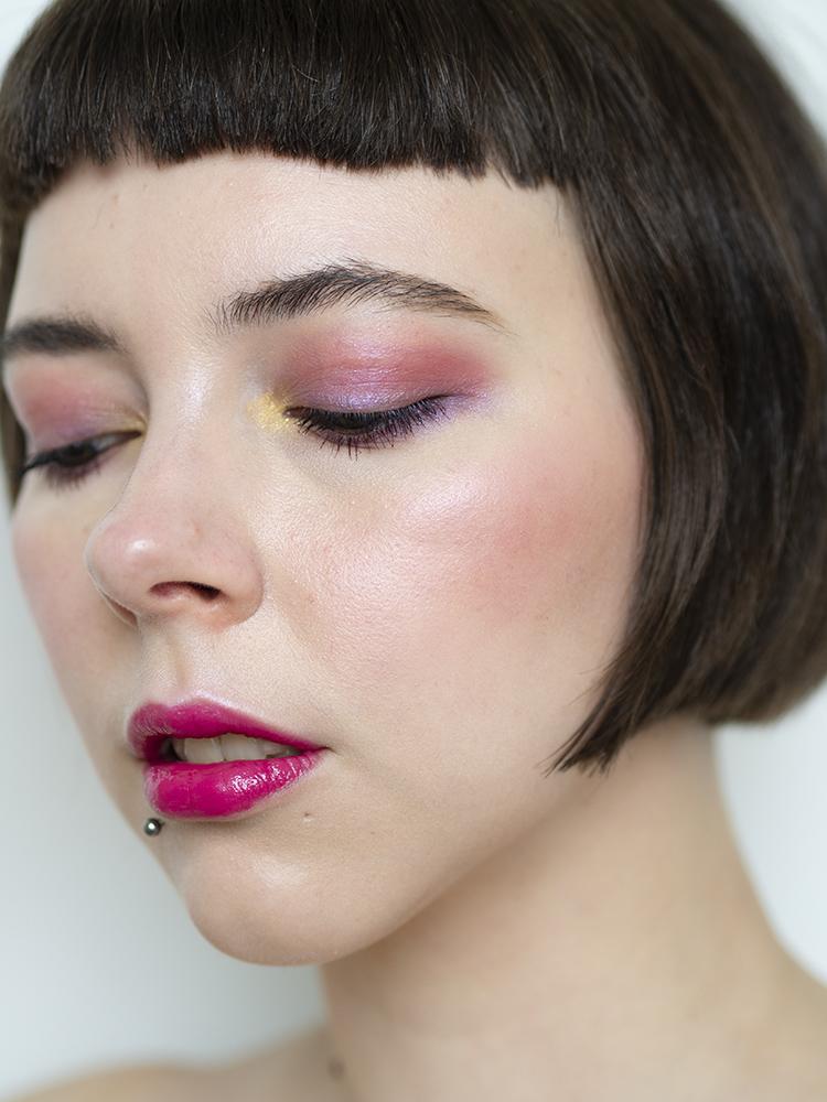 SUQQU UK Urban Prism Eyeshadow Compact Review   Laura Loukola Beauty Blog