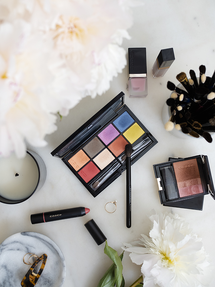 SUQQU UK Urban Prism Eyeshadow Compact Review | Laura Loukola Beauty Blog