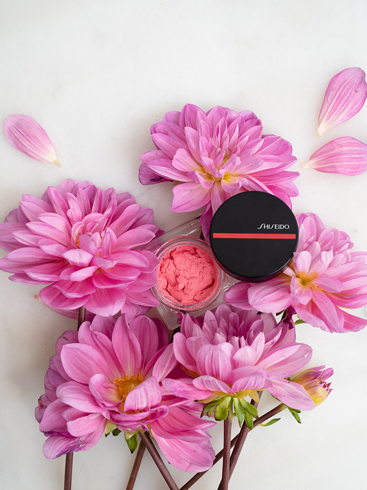 Shiseido Minimalist WhippedPowder Blush 02 Chiyoko Review | Laura Loukola Beauty Blog