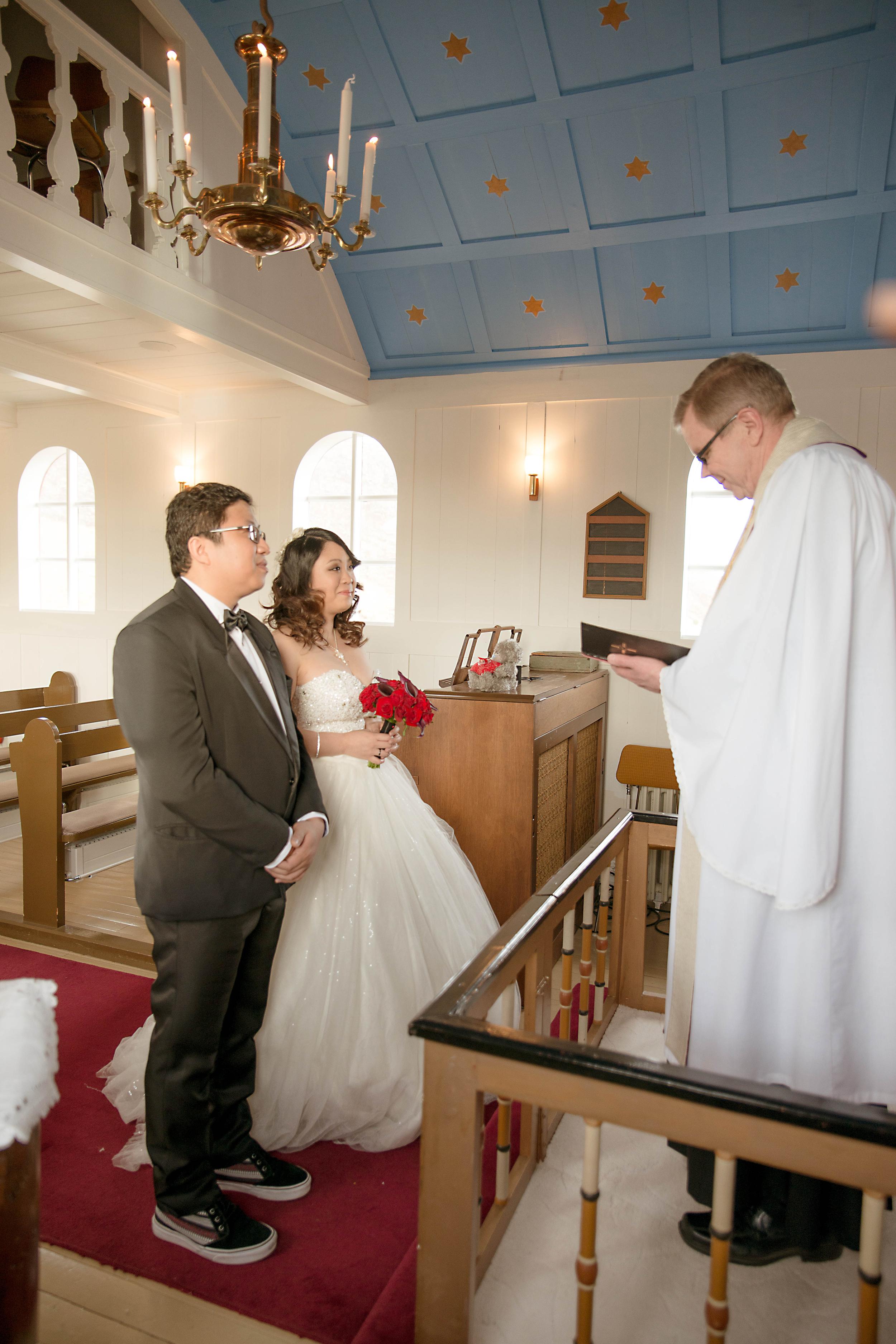 Iceland Winter Wedding Photos by Miss Ann-17.jpg