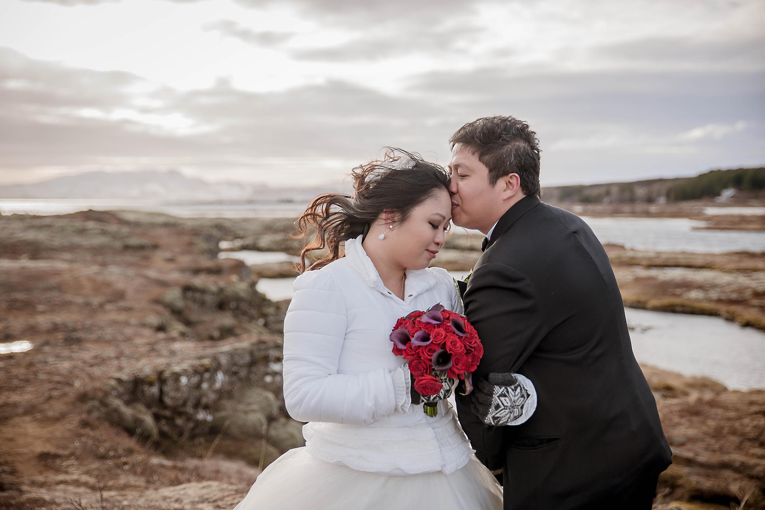Iceland Winter Wedding Photos by Miss Ann-43.jpg