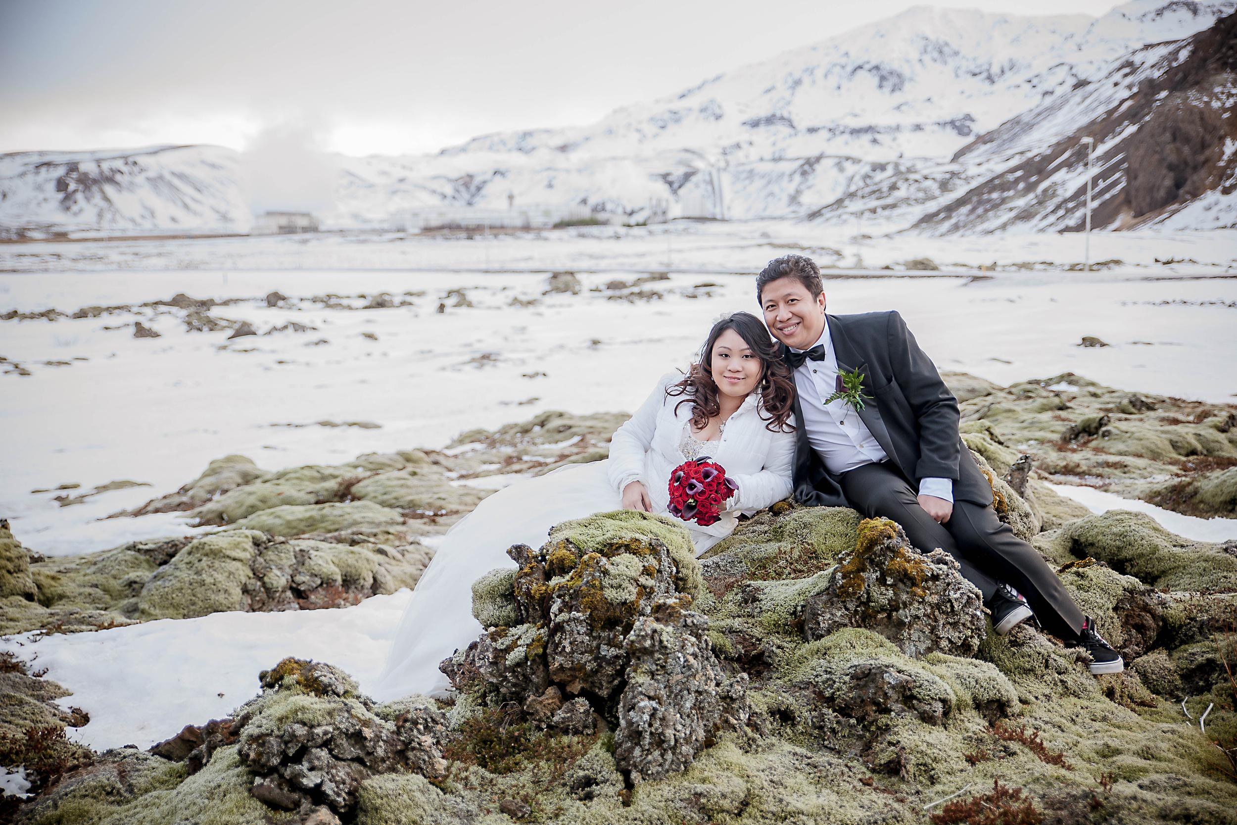 Iceland Winter Wedding Photos by Miss Ann-72.jpg