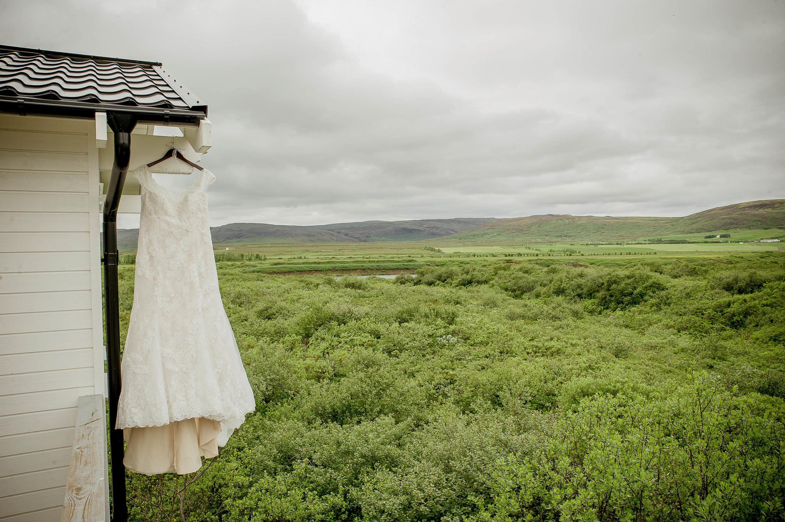 Iceland Wedding Photographer Photos by Miss Ann-1.jpg