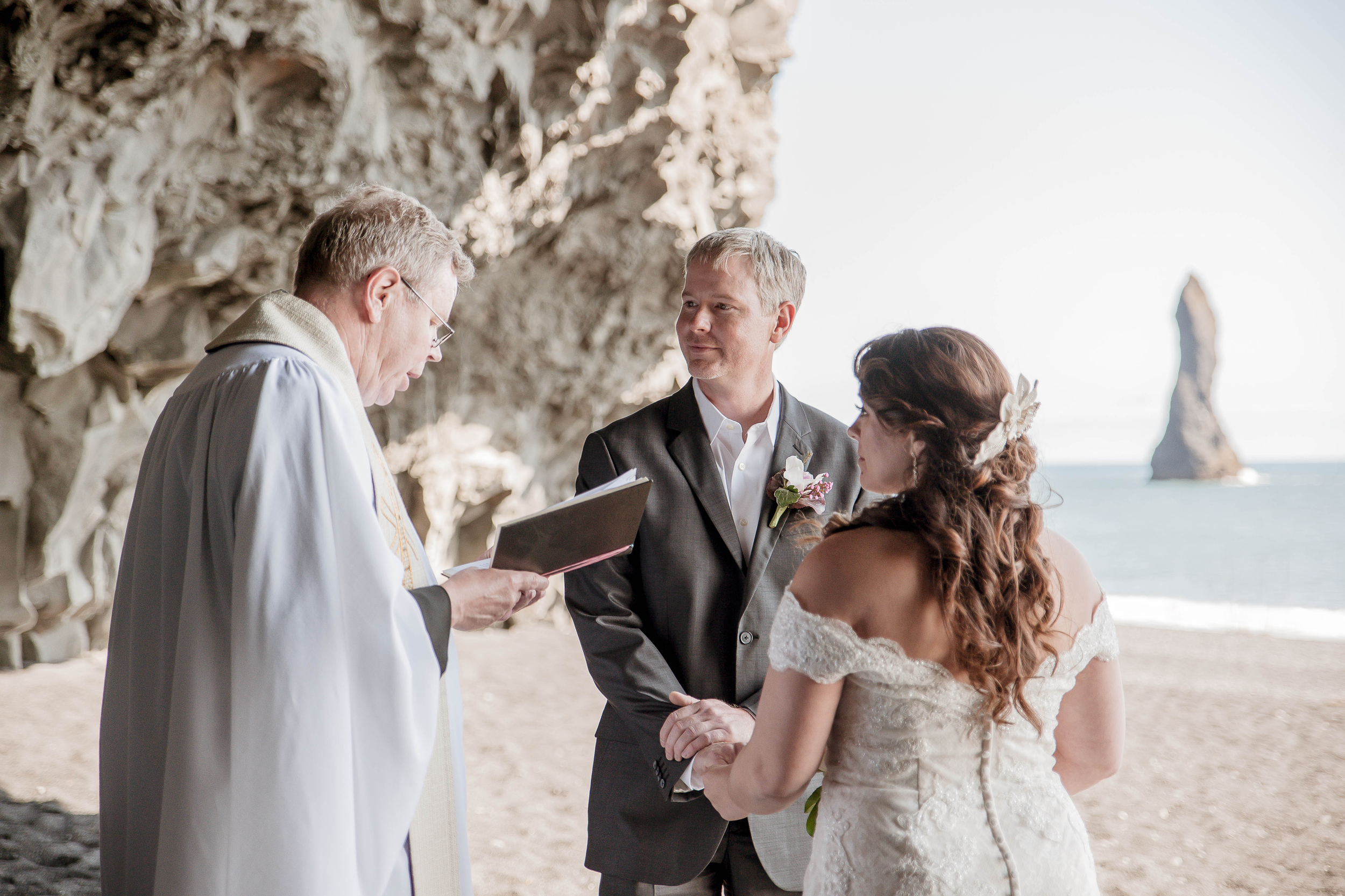 Iceland Wedding Photographer Photos by Miss Ann-23.jpg