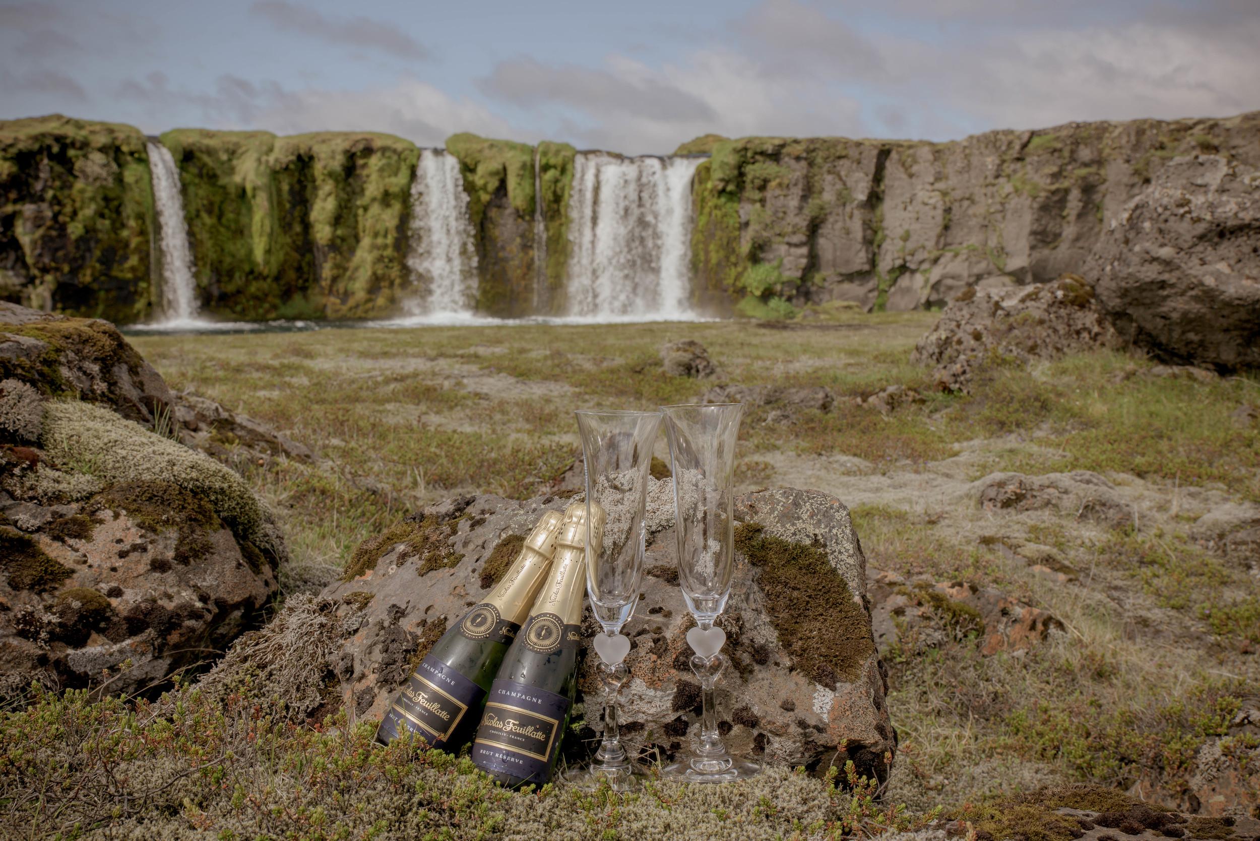 Iceland Wedding Photographer-2.jpg