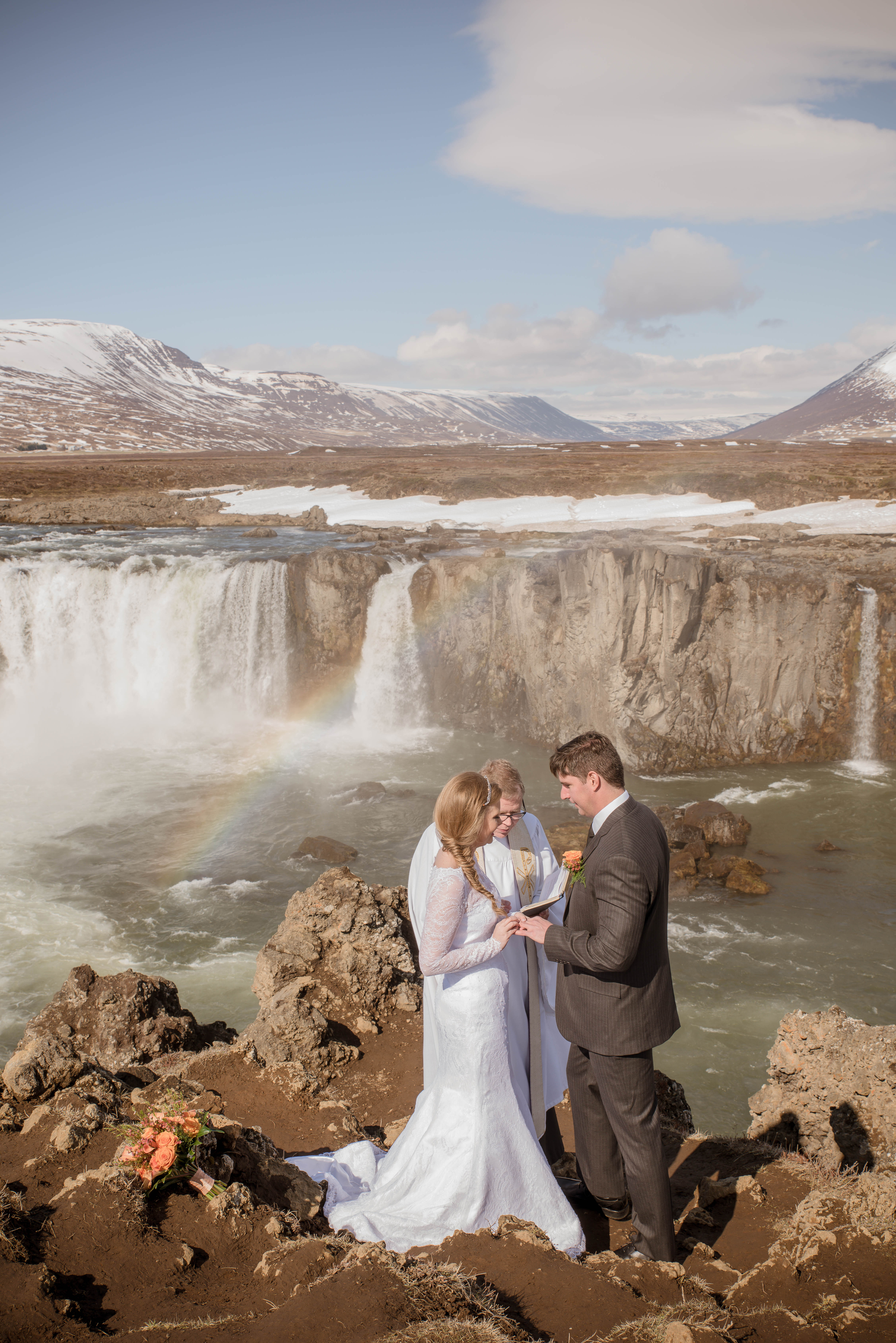 Iceland Wedding Photos-6.jpg