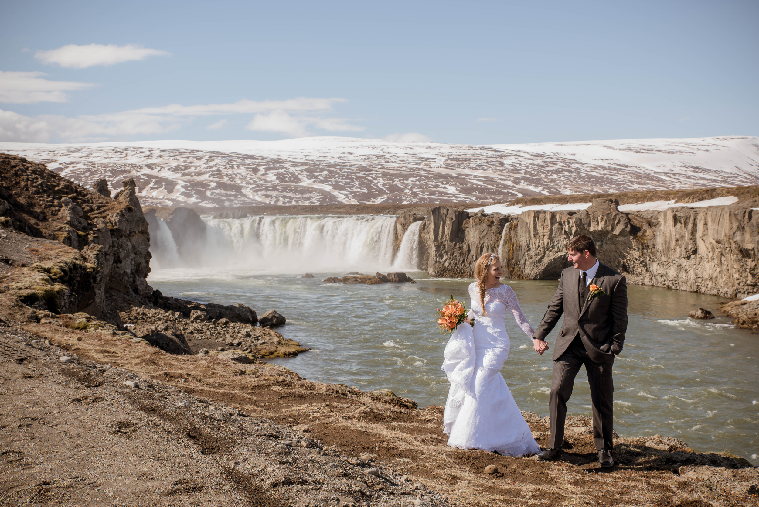 Iceland Wedding Photos-11.jpg