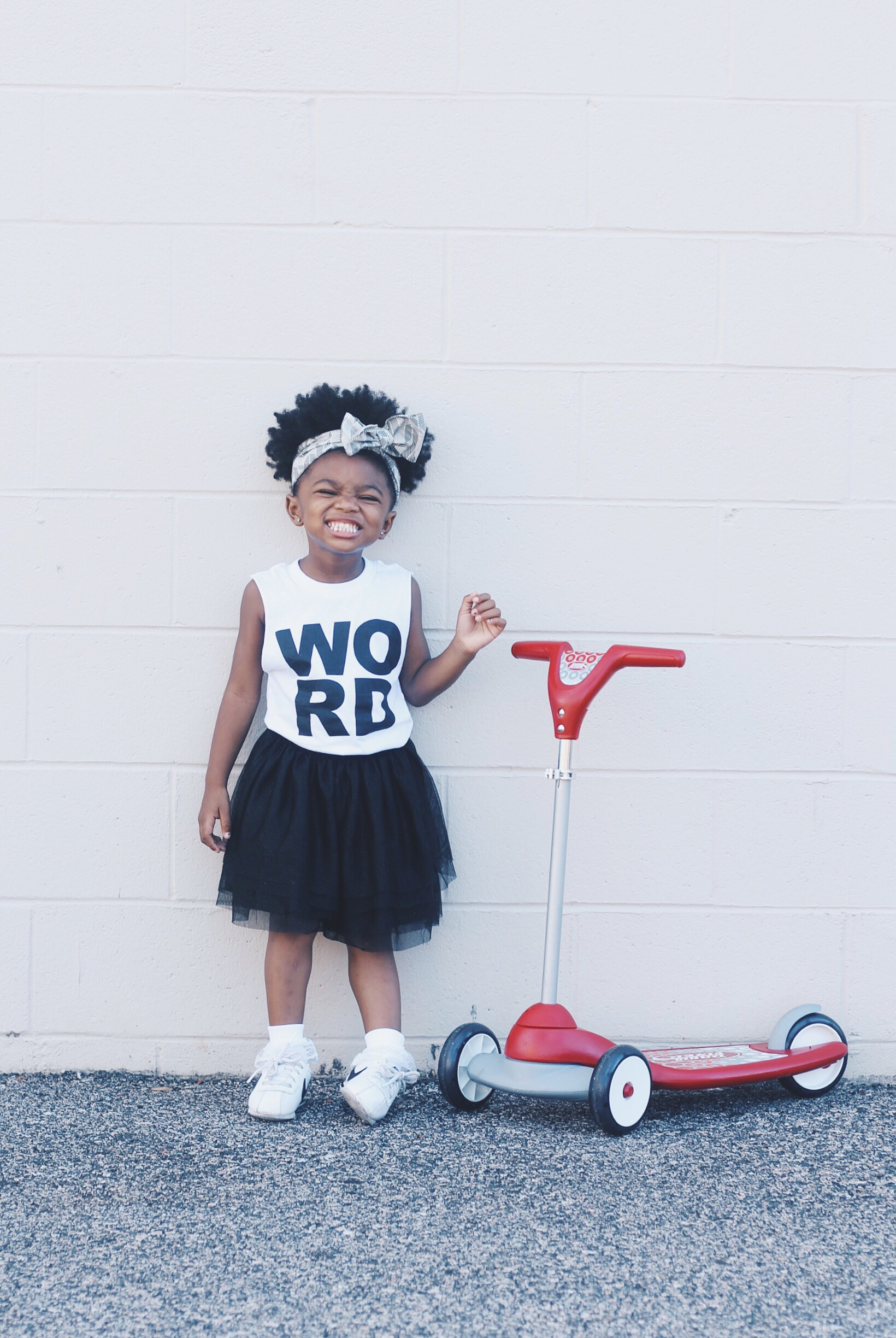 lot801 graphic WORD muscle tee baby girl