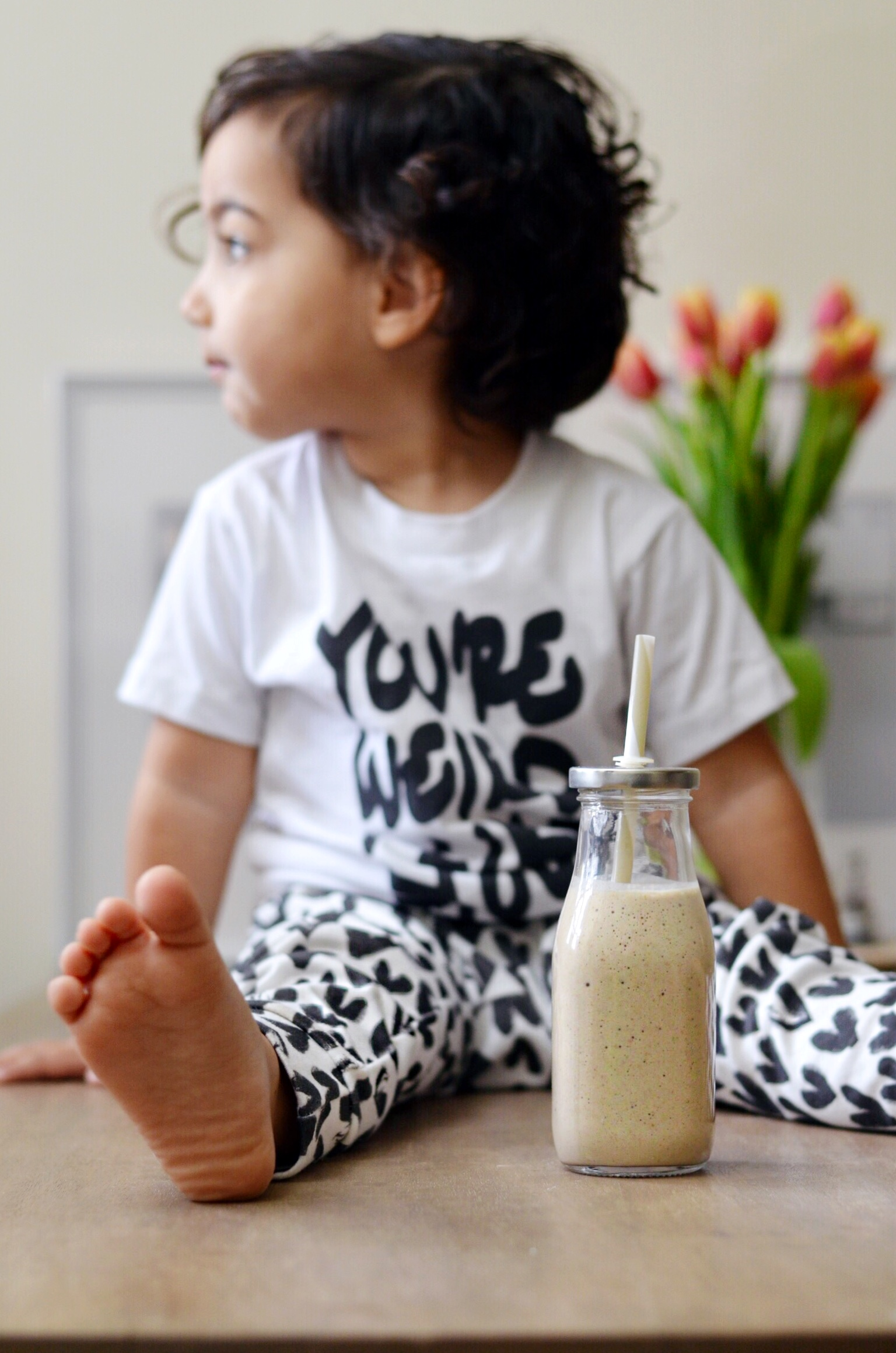 Toddler healthy snack smoothie recipe - lot801 Black Hearts leggings