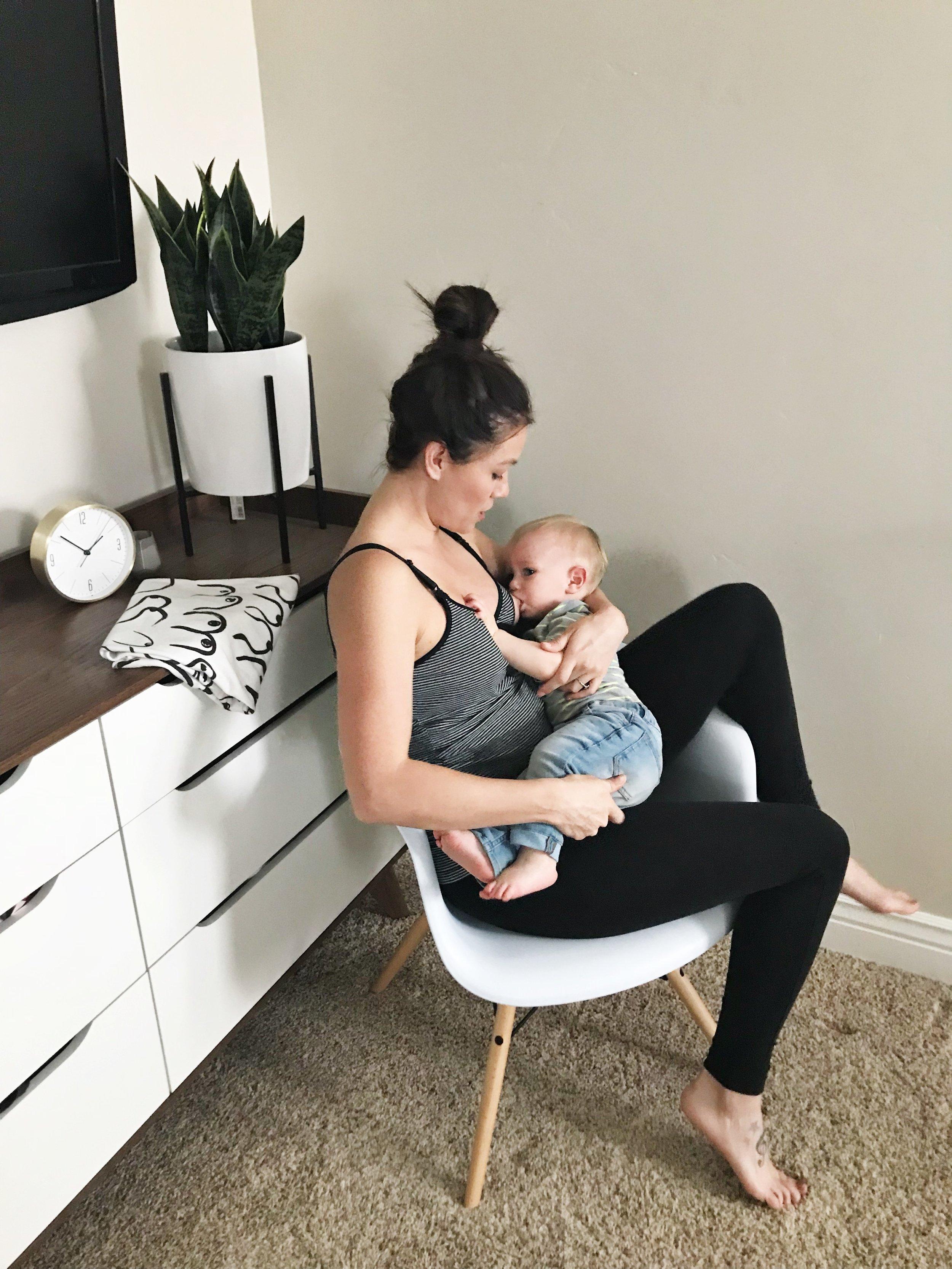 the most comfortable nursing : breastfeeding tanks glamourmom.JPG