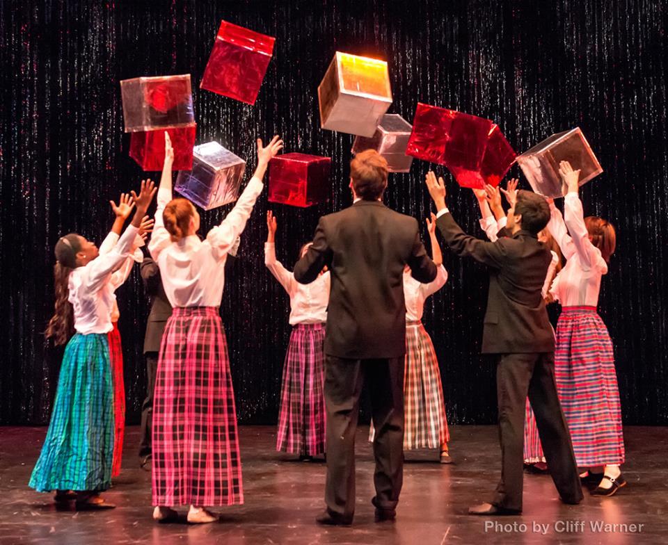 Box Dance Circle.jpg