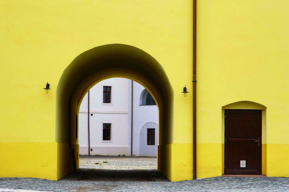 Yellow Way. Oradea, Romania (2016)